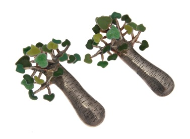 va.ar.7– Baobabs, earrings, 950 silver, vitreous enamel, patina