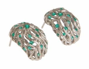 es.ar.1– Along the river, earrings, 18 karat palladium grey gold, Colombian emerald
