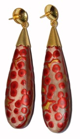 Cellule party, earrings, cow horn, mopa-mopa (resin from the colombian rainforest), 950 silver, 18 karat yellow gold plated, gold foil