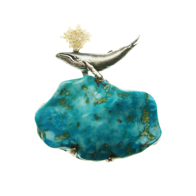 to.br.1– Blue wale, brooch, 950 silver, turquoise, pearls, patina