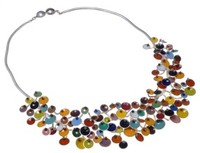 va.co.1– Fluorescences, necklace, 950 silver, vitreous enamel, cornelian, onyx, turquoise, garnet, jadeite, rose quartz