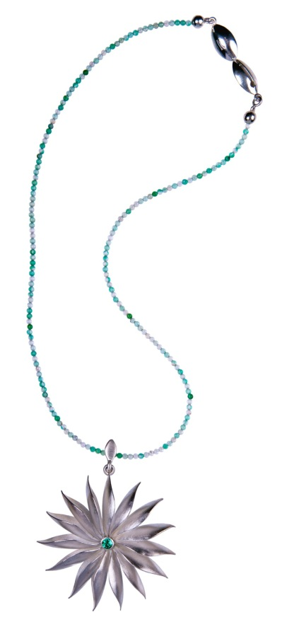 em.co.10– Starry flower, necklace, 950 silver, emerald, green quartz