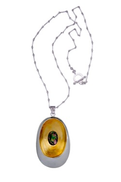 em.co.1– Waterhole, necklace, 24 karat gold, 950 silver, Australian fire opal