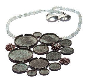 em.co.11– Victoria amazonica, necklace, 950 silver, aquamarine, metal oxides