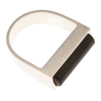 im.an.2– Magnet, ring, 950 silver, cow horn