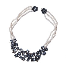 dp.co.3– Pearly flora, necklace, 950 silver, patina, baroque pearls
