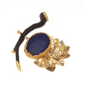 dp.di.1– Leaf litter, pendant, 950 silver, 24 karat yellow gold, patina, lapis lazuli, wood