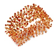 wa.pu.3– Awáyaja (Solar delusion), bracelet, 18 carat red gold, recycled red coral